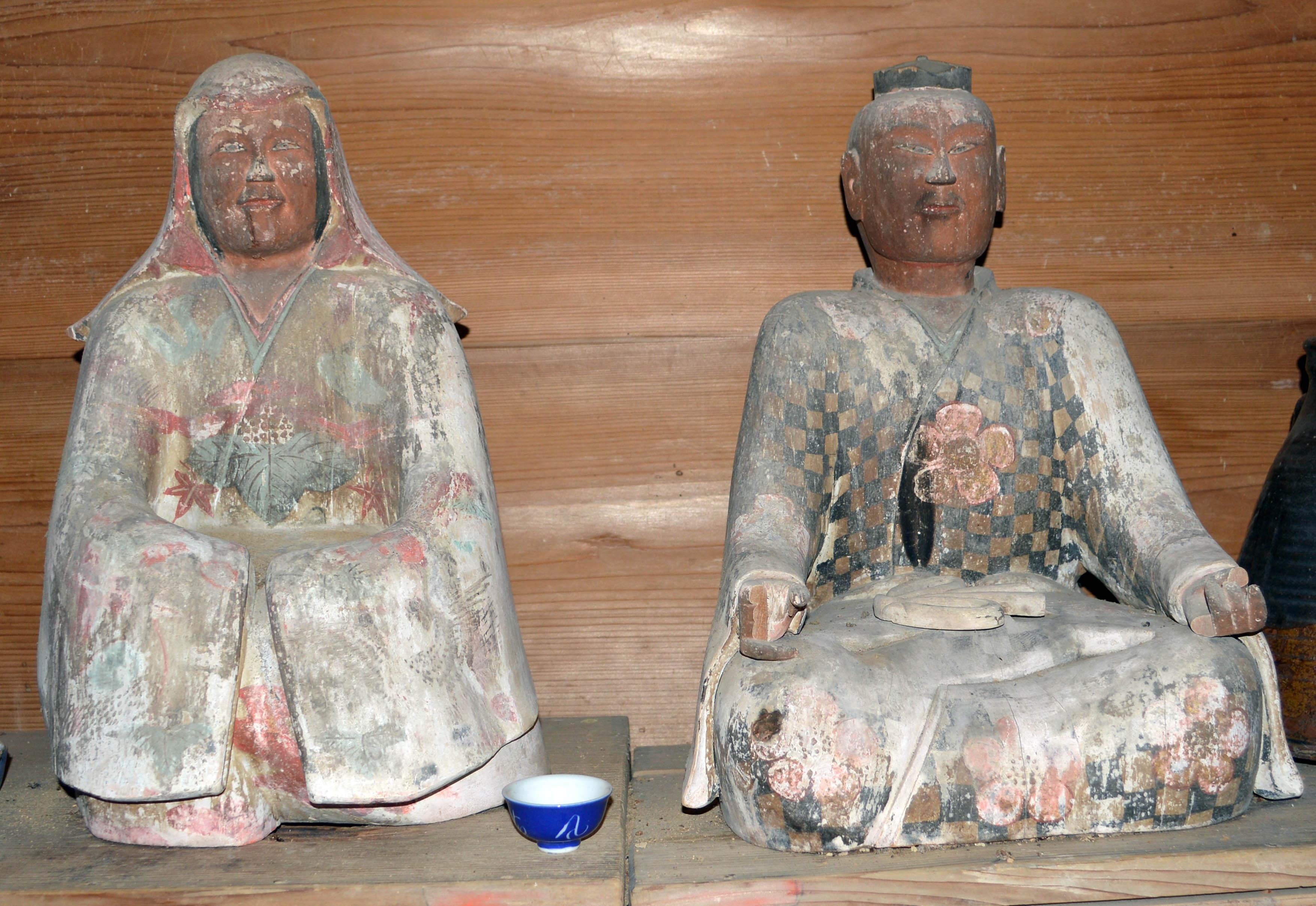 木造男女神坐像