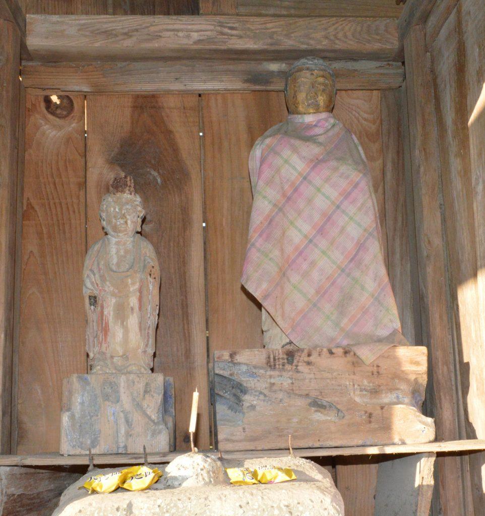 木造薬師如来立像及び脇侍